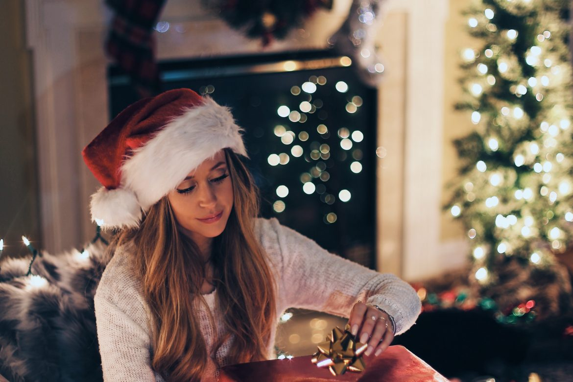 HOW TO GET YOUR HOME CLEAN FOR CHRISTMAS